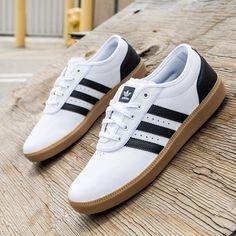 detailed look ba0db cb953 Adidas Sko, Reebok, Sneakers, Tøj, Tennis, Garderobeskab