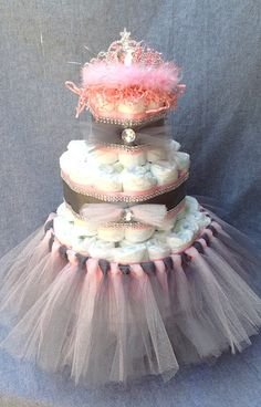 Baby Girl Princess Diaper Cakes by kslollar on Etsy Baby Shower Fruit, Baby Shower Niño, Baby Shower Cakes, Bridal Shower, Girl Shower, Pink Diaper Cakes, Princess Diaper Cakes, Nappy Cakes, Baby Girl Princess