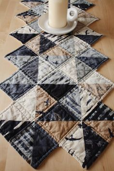 ever so splendid: Quilted / Zig Zag Runner in Hearty Good Wishes
