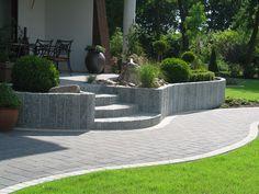 Traumhaftes Wetter lockt uns nach draußen.. Da ist es doch schön wenn man einen schönen Garten hat - verschönern Sie ihn doch mit Naturstein!  http://www.granit-naturstein-marmor.de/naturstein-fliesen-vielfaeltige-fliesen