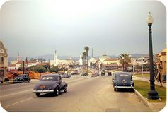 Los Angeles 1941. Heading north on Westwood Blvd approaching Wilshire Blvd in Westwood Village.