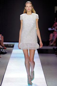 Giambattista Valli Spring 2012 Ready-to-Wear Collection Photos - Vogue