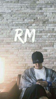 Read nombre y portadas from the story Photo Book // Fotos de Kim Namjoon // by (BTS Jemima Méndez) with 277 reads. Jung Hoseok, Kim Namjoon, Seokjin, Jimin, Bts Bangtan Boy, Mixtape, Bts Rap Monster, Taehyung, Foto Bts