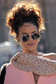 """Which Rihanna are you today? Mode Rihanna, Rihanna Riri, Rihanna Style, Barbara Mori, Dior Fashion, Fashion Show, Divas, Bad Gal, Selfies"