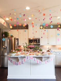 Sprinkled with Love Baby Shower Sprinkled with Love Baby Shower - Keys to Inspiration Baby Girl Sprinkle, Sprinkle Party, Baby Sprinkle Shower, Baby Sprinkle Games, Baby Sprinkle Decorations, Girl Baby Shower Decorations, Girly Baby Shower Themes, House Party Decorations, Birthday Decorations
