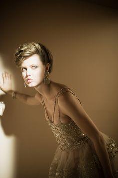 sfilate: Lindsey Wixson backstage at Giorgio Armani SuperPier Show