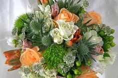 Wedding Flowers - Brides Bouquet close up - http://herbigday.net/wedding-flowers-brides-bouquet-close-up-2/