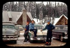 Vintage Trucks Vintage family vacation photo in the mountains, classic cars Vintage Ski, Vintage Trucks, Vintage Ideas, Vintage Pictures, Classic Chevy Trucks, Classic Cars, Life In The 1950s, Nostalgic Pictures, Ford