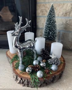 Diy Snowflake Decorations, Christmas Candle Decorations, Christmas Lanterns, Christmas Holidays, Christmas Wreaths, Woodland Christmas, Deco Table, Decoration Table, Holiday Crafts