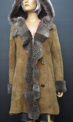 Dámský kožešinový kabát z pravé kožešiny - ovčiny. Beránek české výroby. #špongr #kuzedeluxe #dubeňák #beránek #ovčina  #pravákožešina Fur Coat, Jackets, Fashion, Down Jackets, Moda, Fashion Styles, Jacket, Fasion, Fur Coats