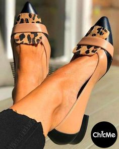 slip on shoes,slip on shoes outfit,slip on shoes womens shoes,shoes for women,Pointed Toe Heels, Pointed Toe Heels outfits,fall outfits 2021 Heels Outfits, Fall Outfits, Chunky Loafers, Chic Type, Couture Shoes, Pointed Toe Heels, Casual Chic Style, Low Heels, Slip On Shoes
