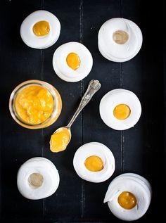 Křehké slaďounké košíčky perfektně doplní svěží citronový krém; Greta Blumajerová