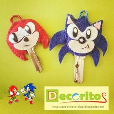 Ornament to keys sonic and knukcles // embellezellaves sonic y knuckles
