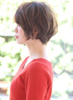 ラフで女性らしいショート(髪型ショートヘア)