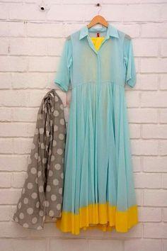 Love the combo Pakistani Dresses, Indian Dresses, Indian Outfits, Indian Attire, Indian Wear, Kurta Designs, Blouse Designs, Ethnic Fashion, Indian Fashion