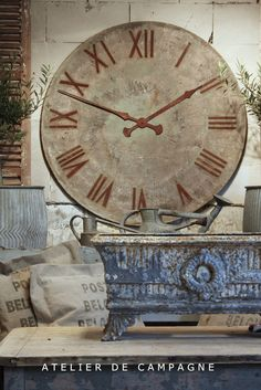 #20/090 Metal Clock Face Gray - gorgeous, this would look fabulous for my potting shed or cider room