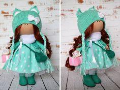 Muñeca de tela muñeca Interior Inicio arte muñeca hecha a mano colores verde marrón Tilda muñeca muñeca suave decoración muñeca muñeca de trapo Master Olga s.