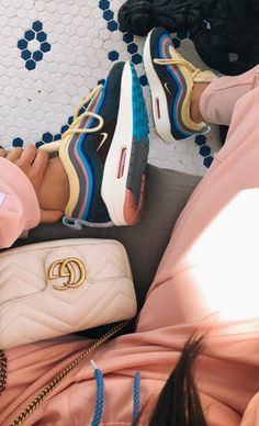 Nike Sean Wotherspoon x Air Max 197 'Sean Wotherspoon' 400 Nike Air Max, Nike Air Shoes, Cute Sneakers, Sneakers Nike, Sneakers Fashion, Fashion Shoes, Aesthetic Shoes, Fresh Shoes, Hype Shoes