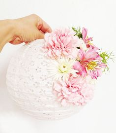 floral paper lanterns, decorating with flowers, diy with flowers