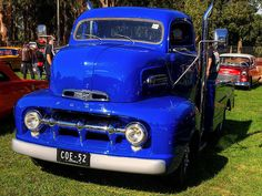 Always a crowd favourite! This Ford cab over engine (COE) has had upright exhausts added, since we last saw it. Old Ford Trucks, Gm Trucks, Cool Trucks, Pickup Trucks, Cool Cars, Antique Trucks, Vintage Trucks, Antique Cars, Custom Trucks
