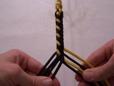 T. J. Potter, Sling Maker - Instructions for an 8-strand Round/Square Braid