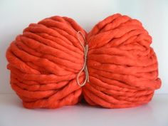 Fat&Sassy Merino Red | TJOCKT. You choose your weight and they spin it for you, custom! Blankets for everyone.