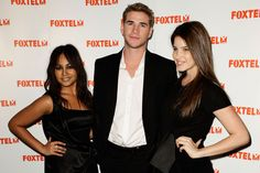 Jessica Mauboy Photos Photos - (L-R) Jessica Mauboy, Liam Hemsworth and Tahnee Atkinson arrive at the Foxtel Dinner  hosted by CEO Kim Williams at the Aria Restaurant on September 28, 2009 in Sydney, Australia. - Foxtel CEO Kim Williams Hosts Dinner At Aria Restaurant - Arrivals