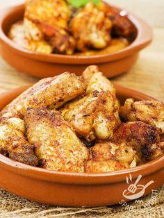 Il Pollo all'aglio alla spagnola è quanto di più buono si possa mettere a tavola se si è a corto di idee! Speziato e saporito soddisfa il palato di tutti!