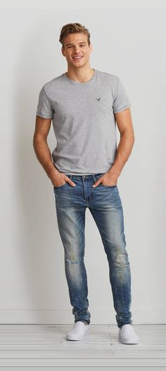 Find every mens jeans fit and wash youll love from American Eagle Outfitters Choose from Classic Bootcut Slim Straight Skinny and more in light and dark washes from Ameri. Jeans Fit, Skinny Jeans, Nice Mens Jeans, Jeans For Men, Guys Jeans, Nice Outfits For Men, Cool Outfits, Stylish Outfits, Look Fashion