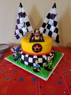 Mickey and the Roadster Racers cake