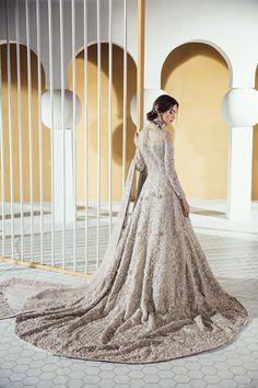 Asian Wedding Dress Pakistani, Pakistani Bridal Couture, Asian Bridal Dresses, Bridal Mehndi Dresses, Nikkah Dress, Indian Bridal Lehenga, Bridal Dress Design, Wedding Dresses For Girls, Bridal Outfits