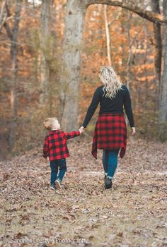 Mother & Son, Family Pictures, Family Photos, Family Pics, H Fall Family Picture Outfits, Mom And Son Outfits, Christmas Pictures Outfits, Family Picture Poses, Fall Family Photos, Family Pics, Fall Outfits, Family Photo Shoot Ideas, Family Christmas Pictures