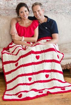 Gorgeous crochet blanket - one of the most adorable DIY anniversary gifts for him