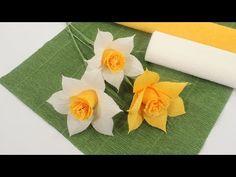 Diy Flowers, Fabric Flowers, Paper Flowers, Paper Flower Tutorial, Crepe Paper, Paper Dolls, Origami, Bouquet, Diy Crafts