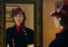 Emily Blunt is the Mary Poppins That P. Travers Always Wanted in 'Mary Poppins Returns' 2018 Movies, New Movies, Latest Movies, Disney Pixar, Disney Quiz, Disney Movies, Emily Blunt Mary Poppins, Michael Banks, Jane And Michael