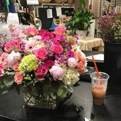 2,555 Followers, 976 Following, 3,775 Posts - See Instagram photos and videos from Monday Morning Flowers (@mondayflowers)