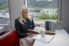 The royal carriage has once again been transformed into a rolling library for Mette-Marit's 'book tour'.