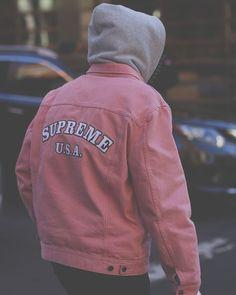 "2,867 Me gusta, 2 comentarios - Streetwear (@strvpped) en Instagram: "": @aagdolla | #strvpped"""