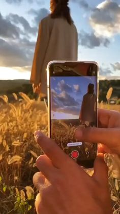 Photography Tips Iphone, Photography Basics, Photography Lessons, Girl Photography Poses, Photography Editing, Nature Photography, Cool Photography Ideas, Video Photography, Photographie Indie