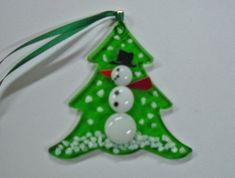 Snowman Nugget Ornament - Fused Glass Snowman Ornament - 5 versions on Etsy, Fused Glass Ornaments, Fused Glass Jewelry, Fused Glass Art, Snowman Ornaments, Mosaic Glass, Mosaic Mirrors, Mosaic Wall, Dichroic Glass, Glass Christmas Decorations