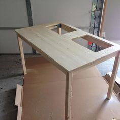 DIY Lego Play Table with a IKEA Table