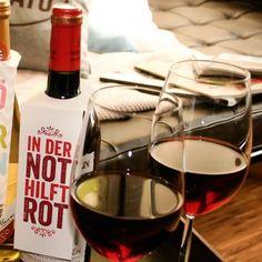 #design3000 Ein gutes Fläschchen Wein oder Sekt kommt als Geschenk doch immer gut an!