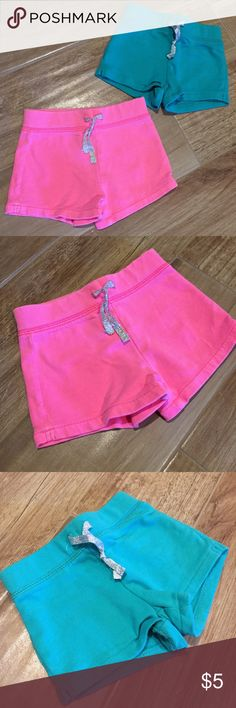 Set of 2 infant shorts Cute shorts for summer in good condition Carter's Bottoms Skorts