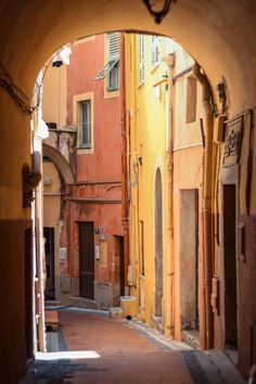 Italian Summer, Belle Villa, Cool Backgrounds, Travel Aesthetic, City Streets, France Travel, Belle Photo, Places To See, Travel Photos