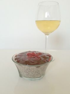 Blog by Em Dé: Chia seeds Pudding - Quick Sunday desert - Vegan!