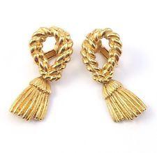 Vintage Gold Tone Rope Twist Grooved Faux Tassel Dangle Drop Clip On Earrings http://www.ebay.com/itm/Vintage-Gold-Tone-Rope-Twist-Grooved-Faux-Tassel-Dangle-Drop-Clip-On-Earrings-/131489319306?pt=LH_DefaultDomain_0&hash=item1e9d5fc98a