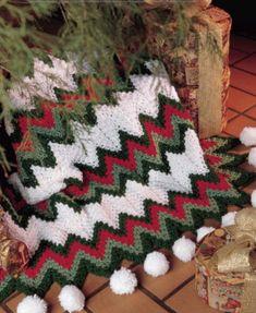 Fabulous Crochet a Little Black Crochet Dress Ideas. Georgeous Crochet a Little Black Crochet Dress Ideas. Christmas Crochet Blanket, Christmas Afghan, Christmas Crochet Patterns, Crochet Blanket Patterns, Crochet Stitches, Bobble Crochet, Quick Crochet, Crochet Quilt, Love Crochet