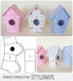 DIY Adorable House Magnets From Popsicle Sticks. Easter Crafts, Diy And Crafts, Christmas Crafts, Crafts For Kids, Decoration Creche, Bird Houses Diy, Art N Craft, Paper Houses, Diy Box