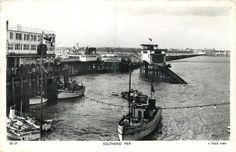 Southend Pier c1950. Local History, Old Postcards, Britain, Sea, The Ocean, Ocean