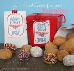 DONUT forget I Love You a HOLE bunch!  This is so cute - free printable for easy Valentine Giving!
